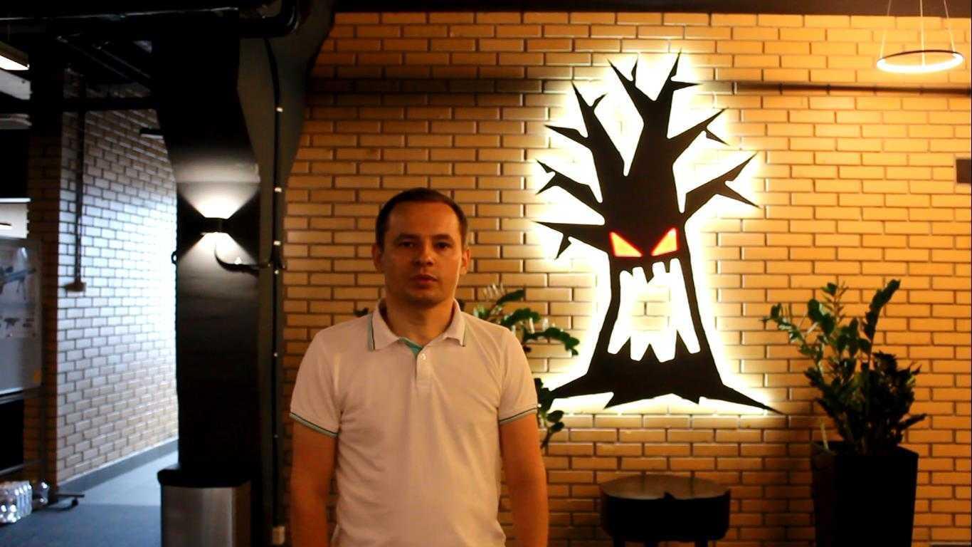 Ярослав Обозный даёт интервью