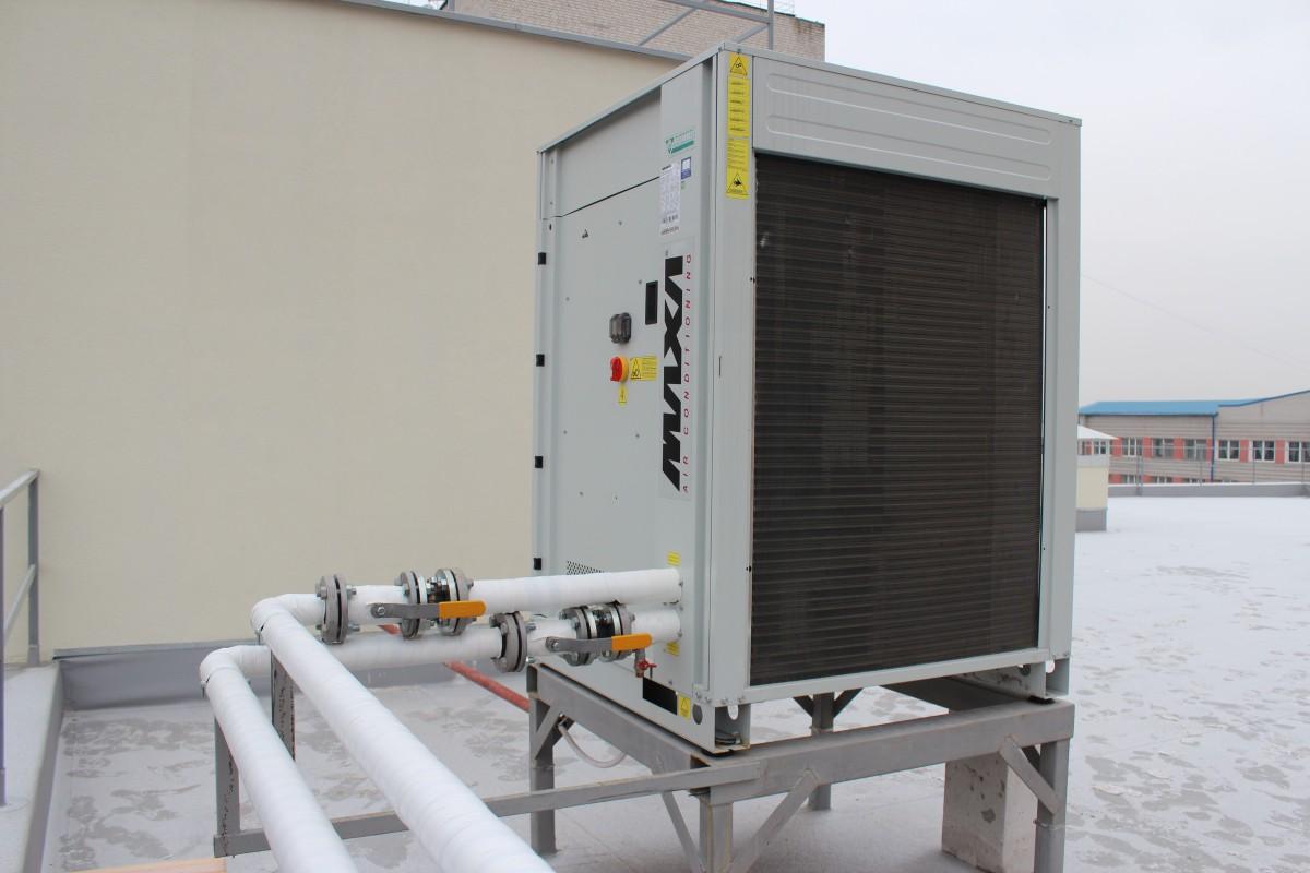 Тепловой насос MAXA I-HP LT на крыше